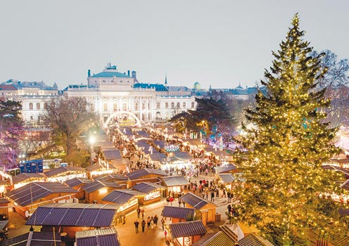 The stunning Christmas market in Vienna, Austria