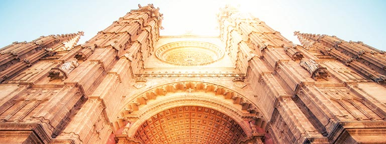 The stunning Cathedral in the city of Palma