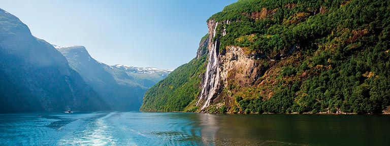 Greet the Seven Sisters waterfall in Geirangerfjord